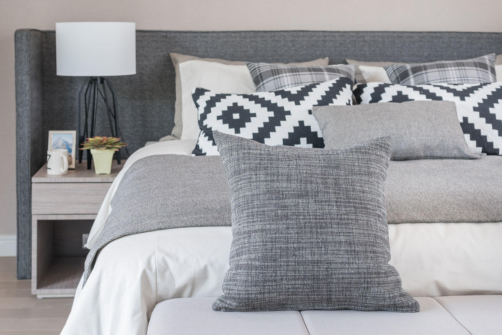 schlafsofas l ngsschl fer und querschl fer sleeping art. Black Bedroom Furniture Sets. Home Design Ideas