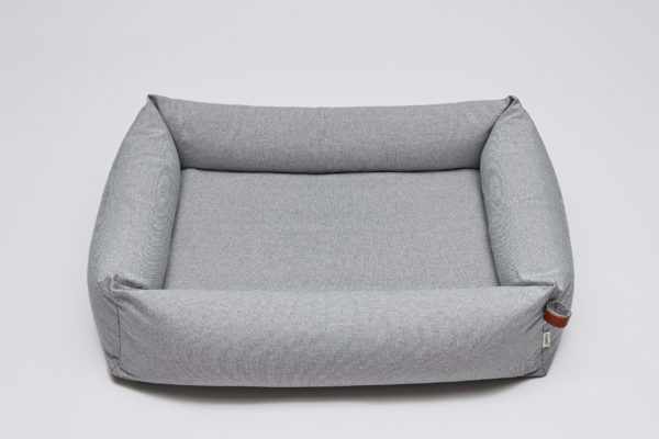 Cloud7-Dog-Bed-Sleepy-Deluxe-Tweed-Grey-size-M