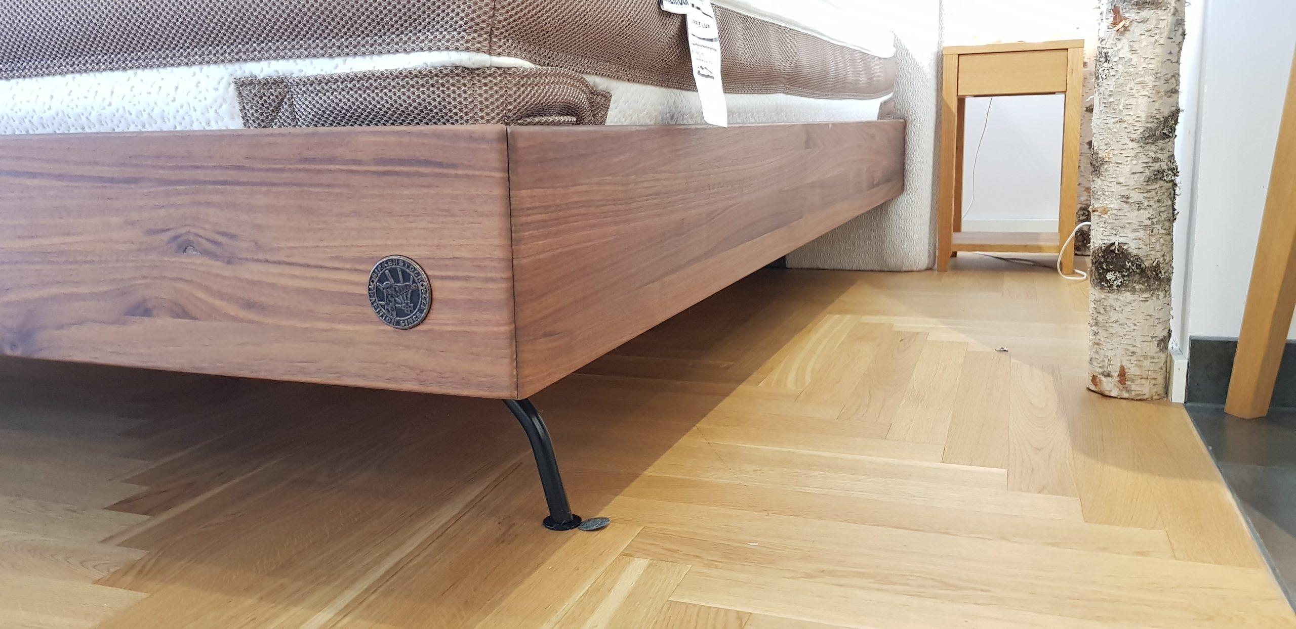 Vorteile und Nachteile von Holz- und Metallbetten